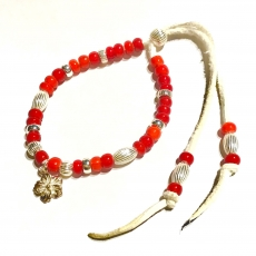 Beads Bracelet with Flower Cha...