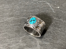 ARROW STAMP WORK RING WITH TUR...
